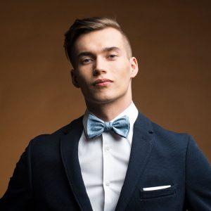 Muszka wiązana Brunon Muszynski